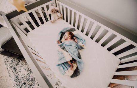 להפעיל מזגן לתינוק?